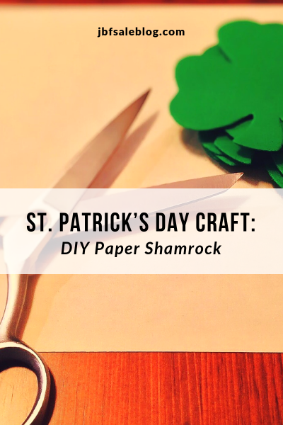 St. Patrick's Day Craft: DIY Paper Shamrock