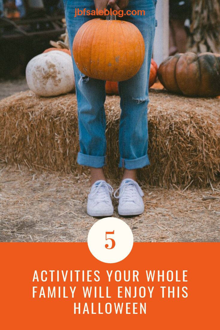 5 Activities Your Whole Family Will Enjoy This Halloween